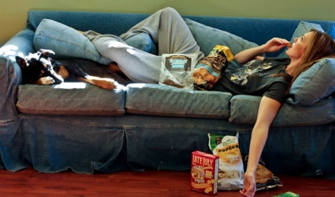 couch-junk-food