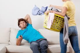 Désencombrement : comment être efficace avec un conjoint qui garde tout !