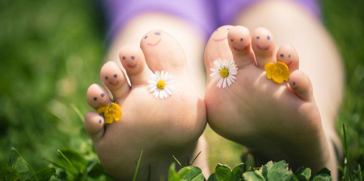 pieds nus minimaliste